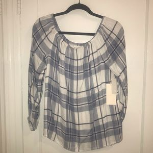 VINCE CAMUTO off the shoulder plaid top
